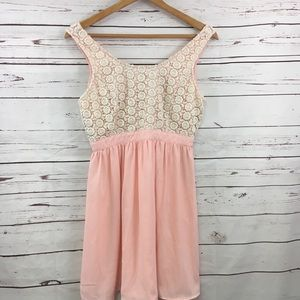 Forever 21 blush pink lace dress